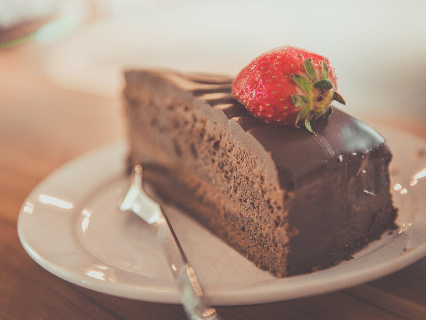 chocolate-cake_1400x1050