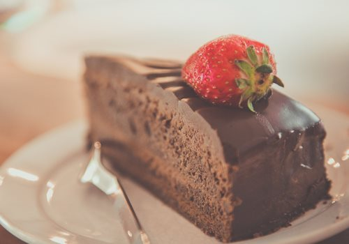 chocolate-cake_500x350(1).jpg